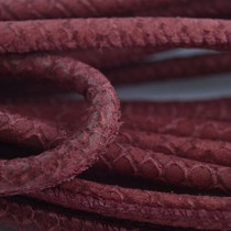 Rood Stitched leer PQ kersen snake 6mm - prijs per cm