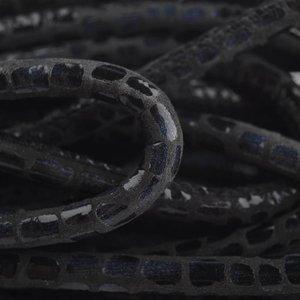 Zwart Stitched leer PQ zwart blauw snake 6mm - prijs per cm