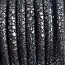 Zwart Stitched leer PQ zwart zilver snake 6mm - per cm