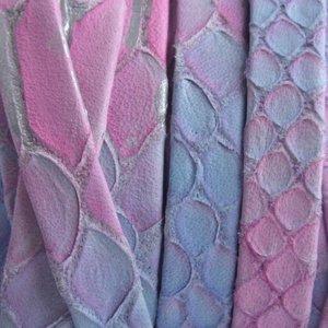 Blauw Plat nappa leer snake pink blue 10x1.5mm - prijs per cm