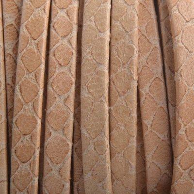 Bruin Plat leer slangenprint beige 5mm - prijs per cm