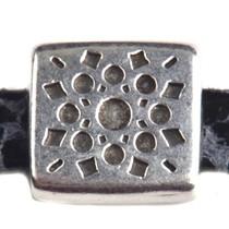 Zilver Leerschuiver vierkant bohemian Ø5x2mm Zilver DQ