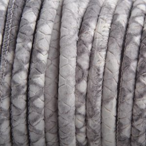 Grijs Stitched nappa leer PQ Nude grijs python 4mm - prijs per cm