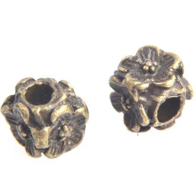 Antiek Goud Brons Kraal tonnetje bloemen Brons 5.5x5.5mm - 6 stuks