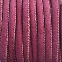 Rood Limited! Imitatie leer Aubergine red 4x3mm - prijs per 20cm