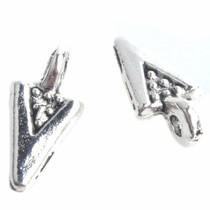 Zilver Bedel driehoekje Zilver 10x4mm - 8 stuks