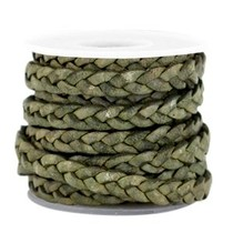 Groen Plat gevlochten leer Medium olive green-vintage finish 5x2mm - prijs per 20cm