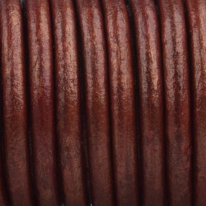 Rood Leer rond ruby rood metallic 3mm - prijs per meter