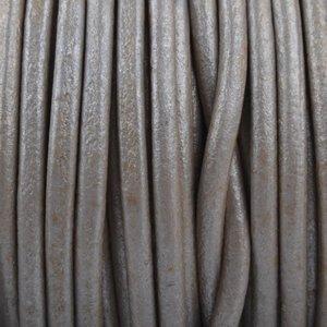 Grijs Rond leer Taupe grijs metallic 3mm - prijs per meter