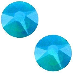 Turquoise Swarovski flatback SS34 (7mm) Caribbean blue opal