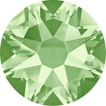 Groen Swarovski flatback SS34 (7mm) Chrysolite