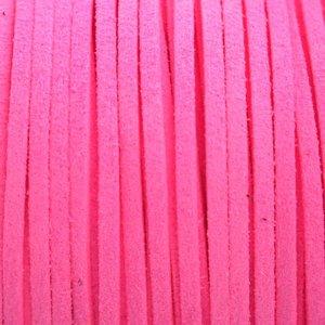 Roze Imitatie suede neon roze 3x1,5mm -3 meter