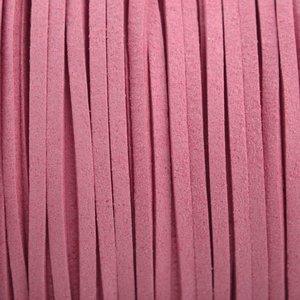 Roze Imitatie suede flamingo roze 3x1,5mm - 2 meter