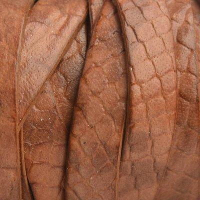 Bruin Plat Italian leer Naturel snake 10x2mm - prijs per cm