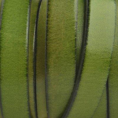 Groen Plat Italian leer Olijf groen 10x2mm - prijs per cm