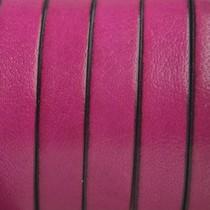 Roze Plat Italian leer Fuchsia roze 10x2mm - prijs per cm