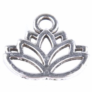 Zilver Bedel lotus bloem Zilver 15x17mm - 8 stuks