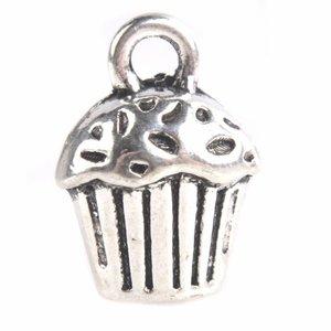Zilver Bedel cupcake Zilver 14x10x8mm - 4 stuks