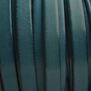 Turquoise Plat Italian leer Turquoise petrol 10x2mm - prijs per cm