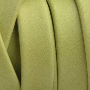 Groen Plat soft nappa leer lime green 10x2,5mm - prijs per cm