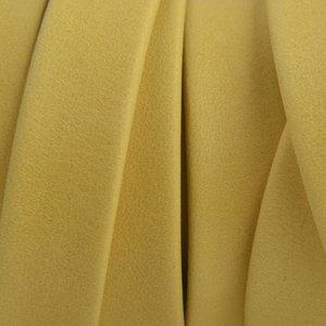 Geel Plat soft nappa leer yellow 10x2,5mm - prijs per cm