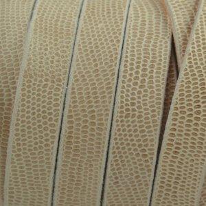 Bruin Plat soft nappa leer sand gegraveerd reptiel 10x2,5mm - prijs per cm