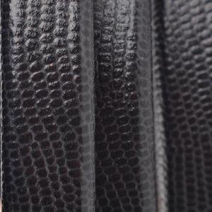 Zwart Ovaal leer 10x6mm Gegraveerd zwart - 20cm
