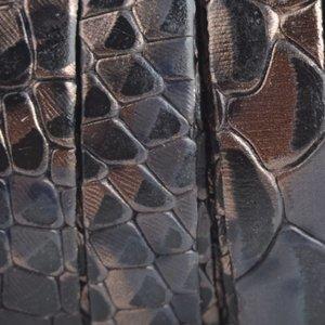 Blauw Plat Italian leer Grijs blauw snake 10x2mm - prijs per cm