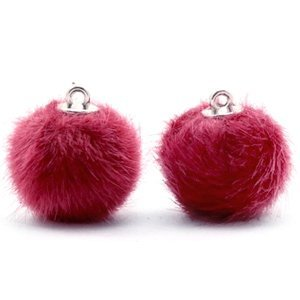 Roze Faux fur pompom bedels Cherish pink 16mm
