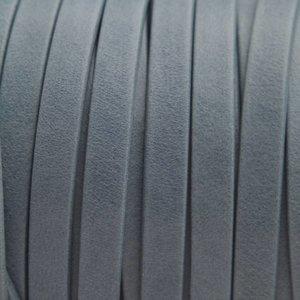 Grijs Plat nappa Leer Luxe Blauw grijs 5x1.5mm - prijs per cm