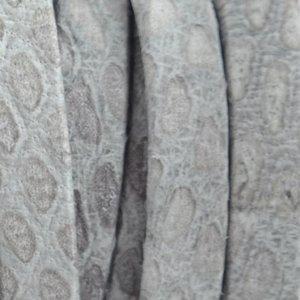 Grijs Plat nappa Leer Luxe Reptile Licht grijs 5x1.5mm - prijs per cm