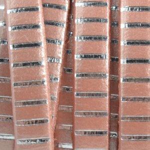 Roze Plat leer zalm zilver stripes 5x1.5mm - prijs per cm