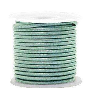 Groen Rond leer Pastel lark green metallic 2mm - per meter