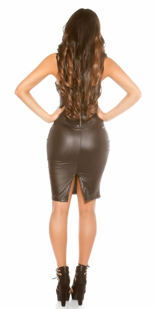Zwart wetlook jurkje