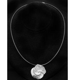 zilveren hanger: icy flower