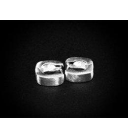 zilveren klapcreool: matt square