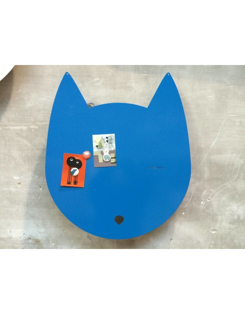 Wonderwall House-cat magnet board - Copy