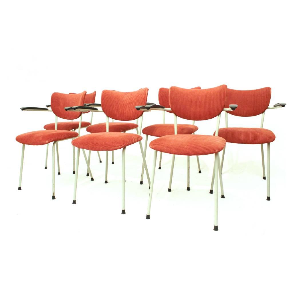 Landelijke eetkamerstoel capitol met armleuning op for Design eetkamerstoelen outlet