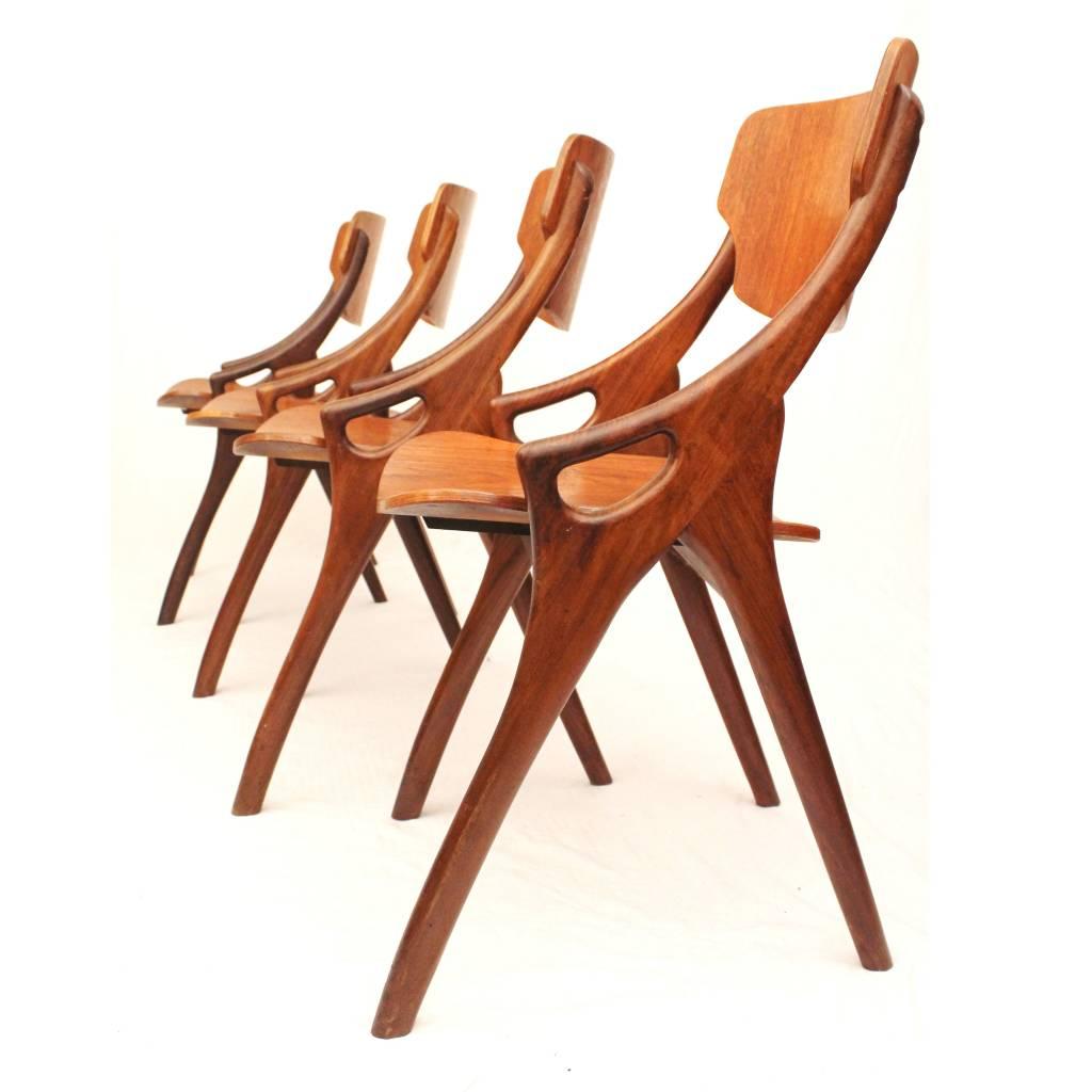 Arne Hovmand Olsen eetkamerstoelen voor Mogens Kold, Deens Design   24Vintage