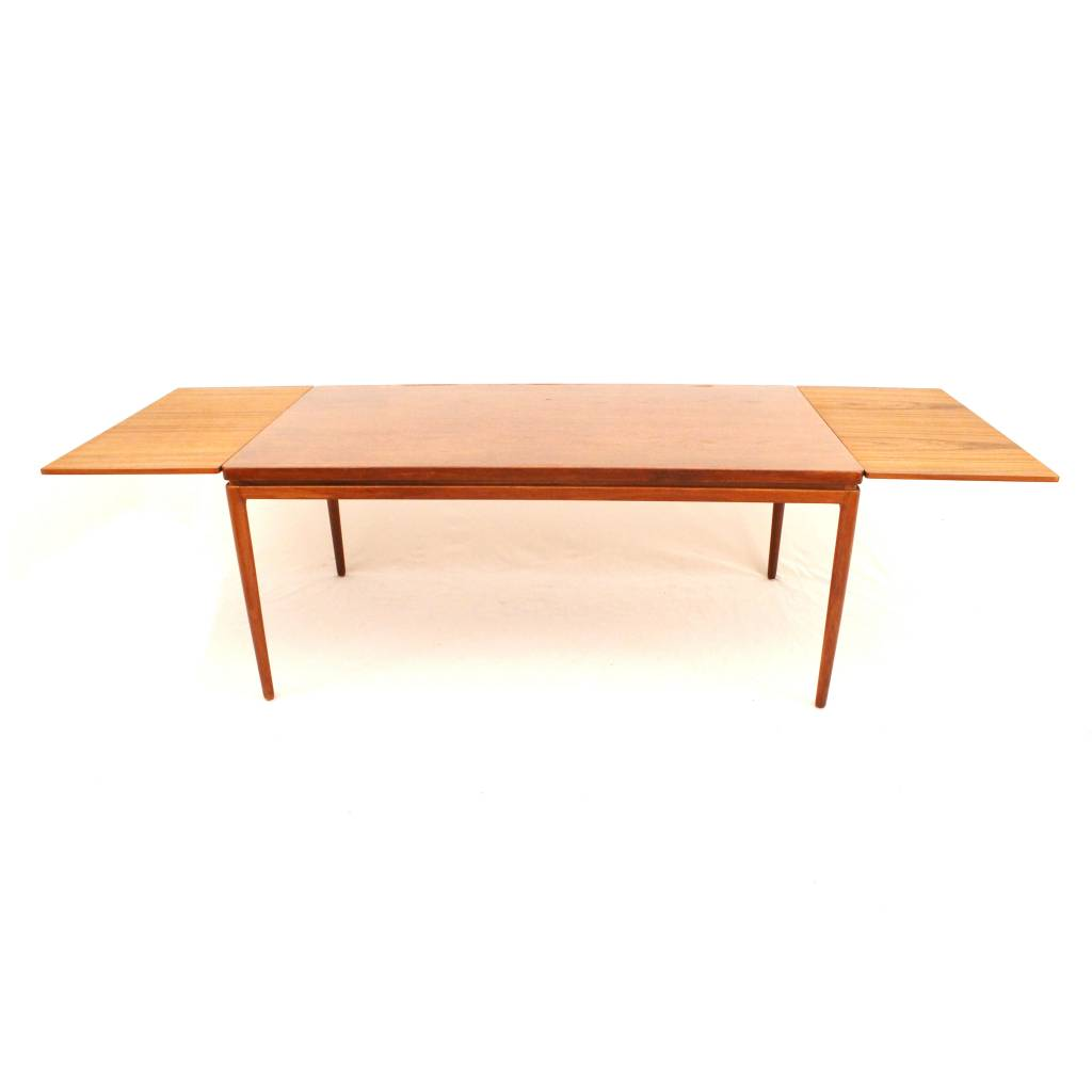 cl60dt dining table designed by johannes andersen for christian