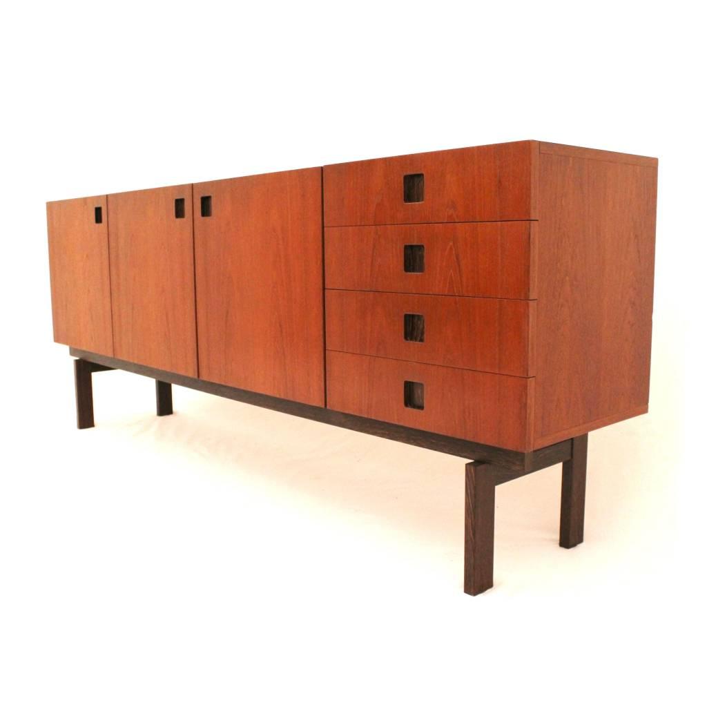 Zeldzaam dressoir uit de propos meubelcollectie van for Dressoir design