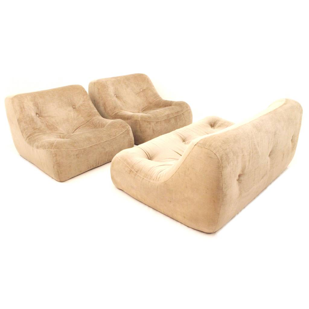 Early edition Ligne Roset Kali seating group designed by Michael ...