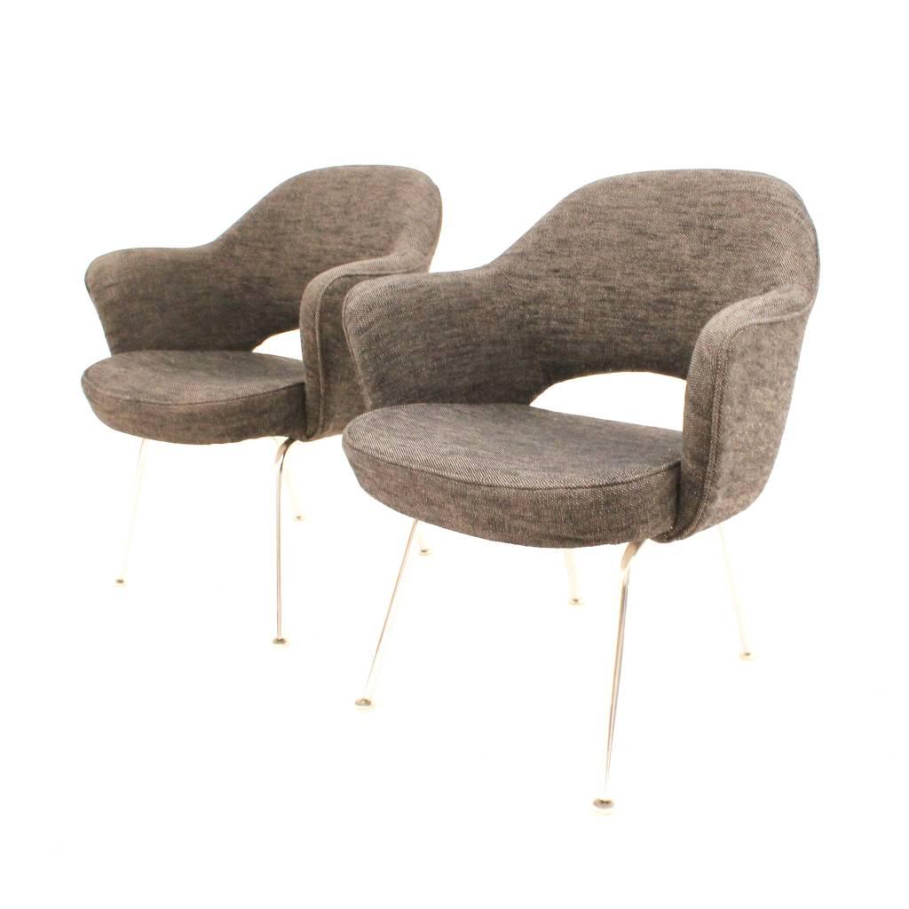 Set van twee executive stoelen ontworpen door eero saarinen voor knoll amerikaans design - Knoll stoelen ...