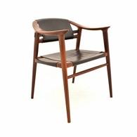 Bambi chair ontworpen door Rolf Rastad en Adolf Relling voor Gustav Bahus, Noors Design
