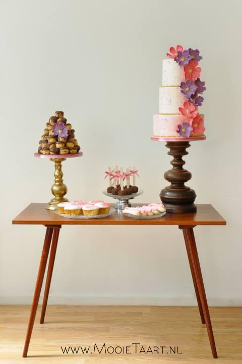 Tafeltje mooie taart