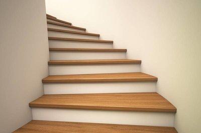 Trap lakken verfadvies stappenplan for Hout voor traptreden