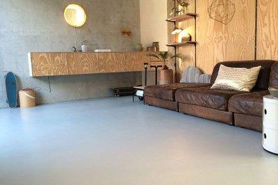 Cementdekvloer verven? Scanofloor vloerverf, ook bij vloerverwarming!
