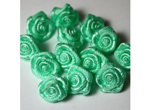 Embellishments / Verzierungen Mini florets light green color