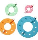 BASTELZUBEHÖR / CRAFT ACCESSORIES Praktisches Hilfsmittel zur Erzeugung von Pompons - Set mit 4 Größen