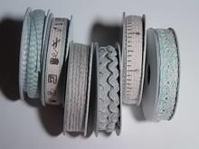 DEKOBAND / RIBBONS / RUBANS ... 6 Dekobänder, 3-10 mm x 1,8 m, Sortiment mit 6 sort. Design, hellblau